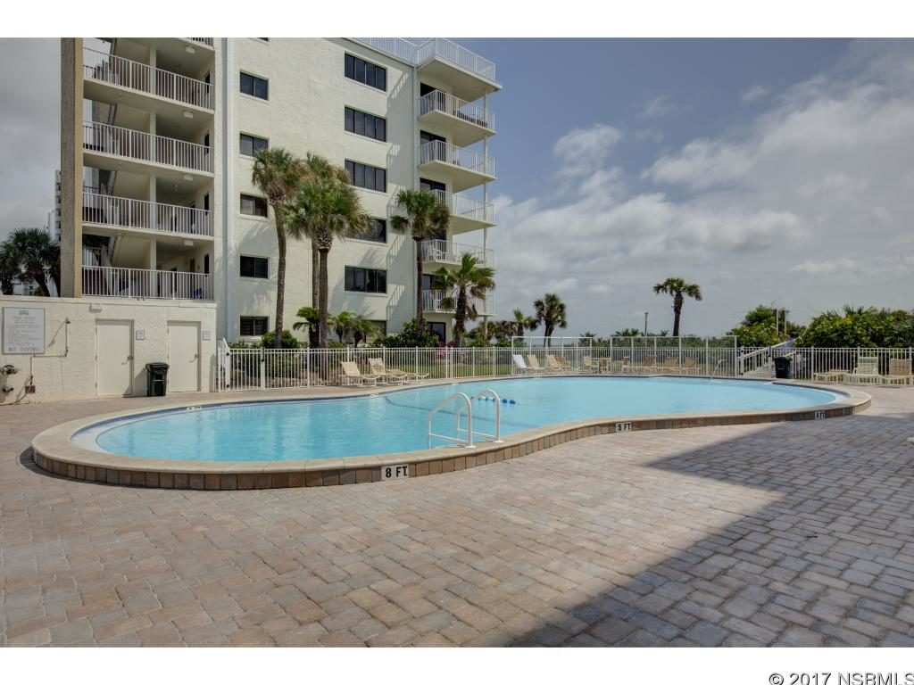shorehom by the sea condo pool